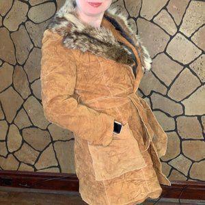 Vintage wraparound suede jacket w/ real fur collar